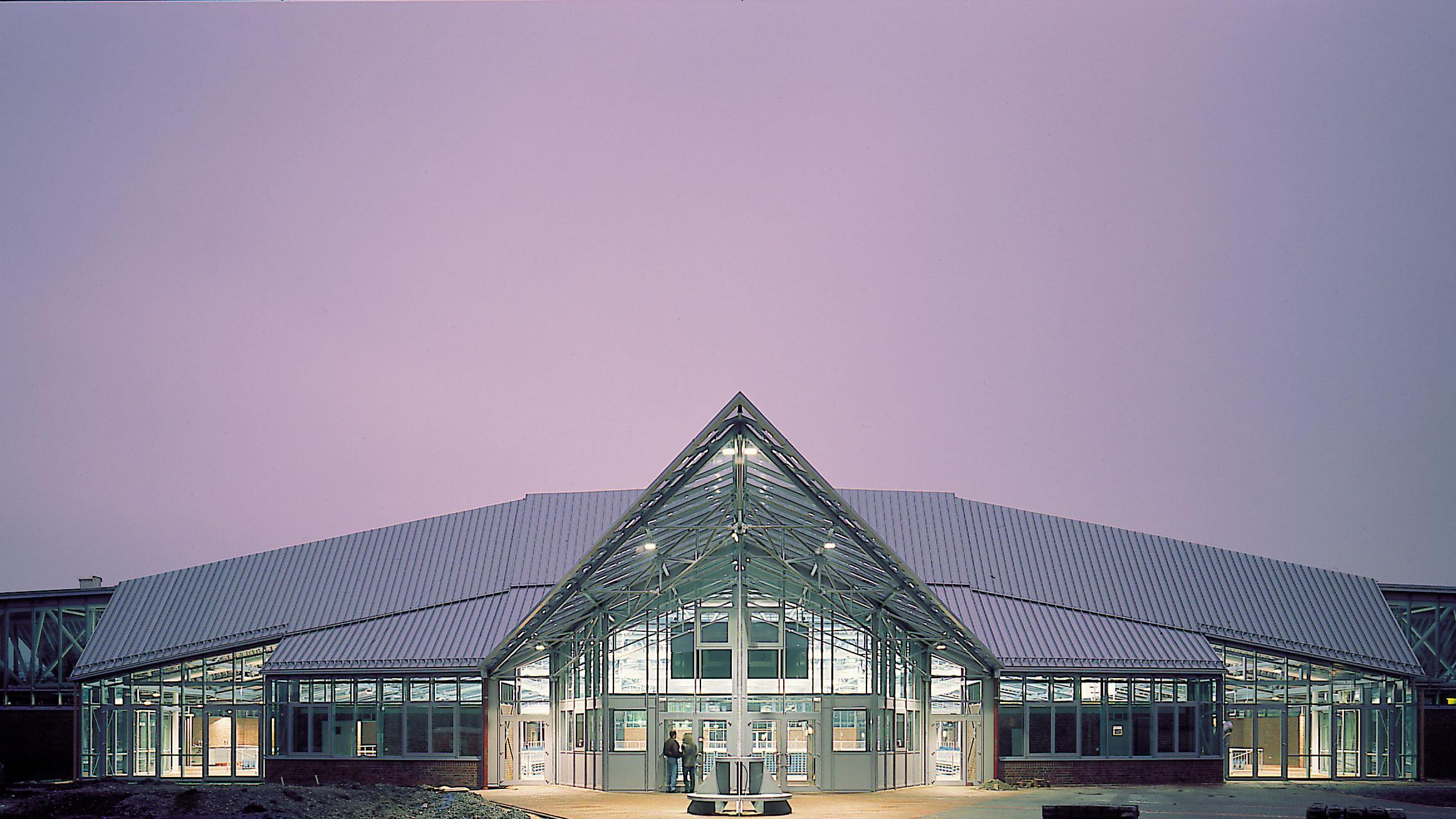 Seidenstickerhalle